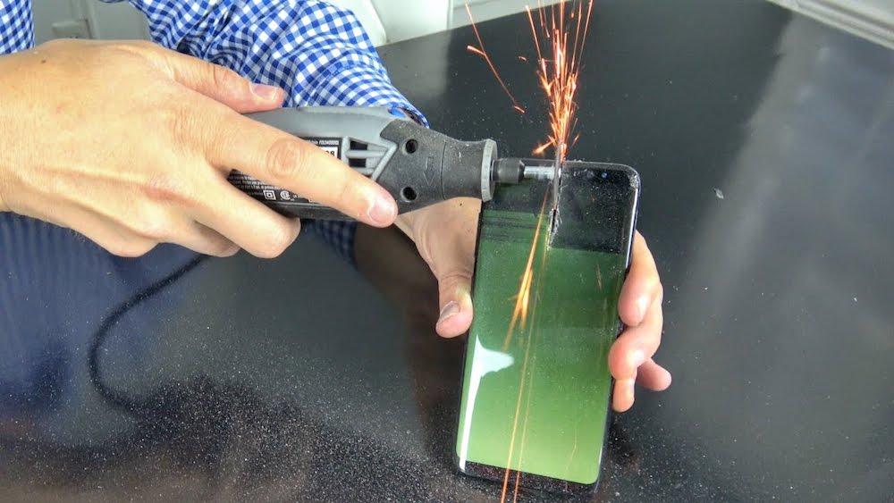 Si el Samsung Galaxy S8 no es indestructible, está bastante cerca de serlo