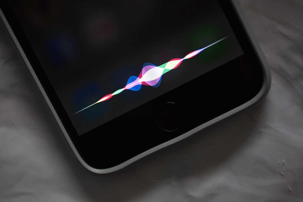 Siri podría dejar de ser el asistente inteligente más popular si sigue así